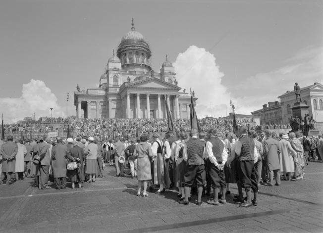 Karjalan Liiton suuret kesäjuhlat Helsingissä 1960.