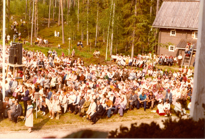 Karjalaiset kesäjuhlat Nurmeksessa 1979.