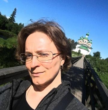 Natalia Giloeva on YLE:n karjalankielisten uutisten toimittaja.
