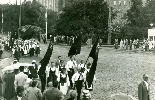 Karjalaiset suurjuhlat Helsingissä 1975.