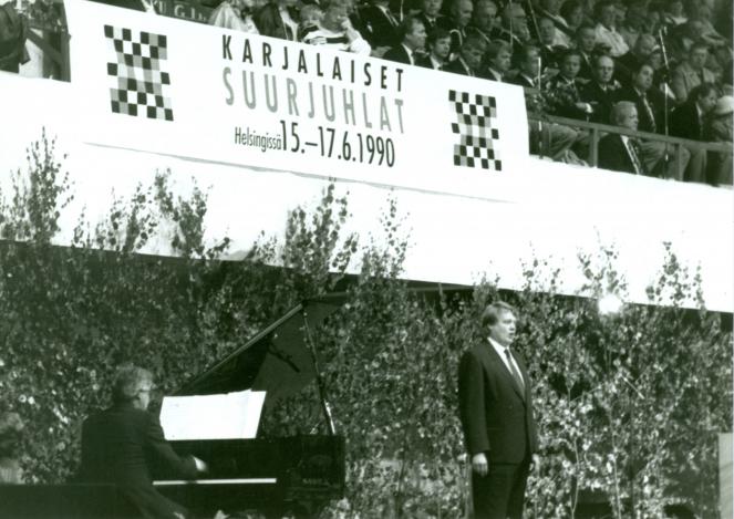 Karjalaiset kesäjuhlat, suurjuhlat Helsingissä 1990.