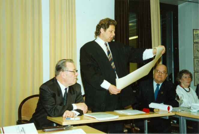 Karjalaiset kesäjuhlat Helsingissä 1995.